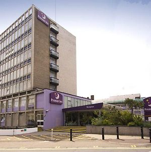 Premier Inn London Putney Bridge photos Exterior