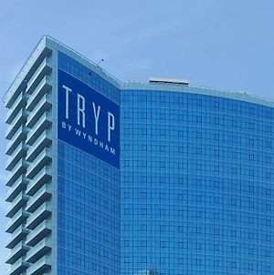 Tryp By Wyndham Dubai photos Exterior