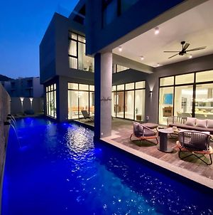 Molly Luxury Private Pool Bungalow茉莉的家豪华私人泳池别墅 photos Exterior