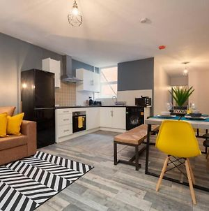 Oak Suite - Two Bedroom Apartment In The Heart Of Blackpool Town Centre photos Exterior