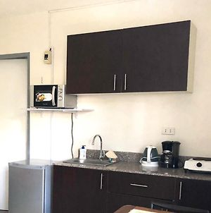 2 Story Apartments With Wifi 20Mbps Unlimited Downloads photos Exterior