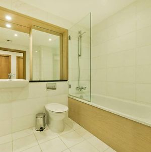 Comfortable Two Bedroom Apt In The Heart Of Kings Cross Area photos Exterior