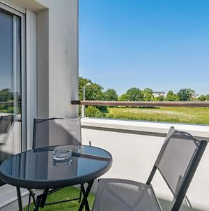 Nice Flat W Balcony And Garage In Vannes 5 Min To The Beach - Welkeys photos Exterior
