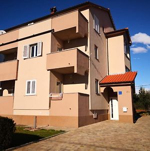 Apartments Roncevic photos Exterior