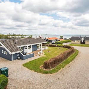Three-Bedroom Holiday Home In Sjolund 4 photos Exterior