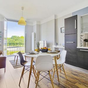 Lovely One-Bedroom Apartment Overlooking Nive In Bayonne - Welkeys photos Exterior