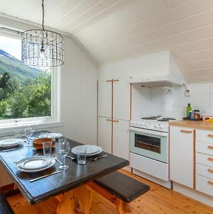 Large Top Floor Apartment With View Of Flam Valley photos Exterior