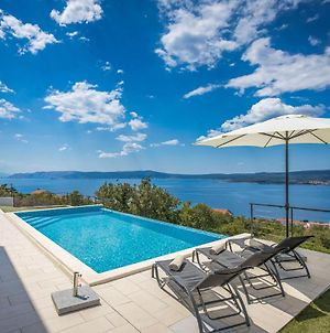 Amazing Home In Crikvenica W/ Outdoor Swimming Pool And 4 Bedrooms photos Exterior