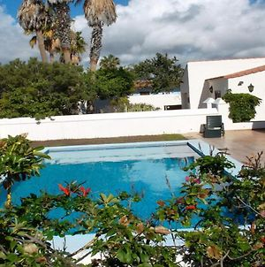 Exclusively Located Golf Villa With Heated Pool photos Exterior