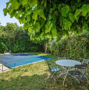 Sunny And Beautiful One-Bedroom With Pool-View Terrace In Avignon Welkeys photos Exterior