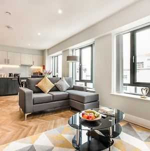 Luxury Apartment - City Centre - Great For Long-Term & Contractor Stays photos Exterior