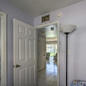 Cozy Cocoa Beach Condo With Pool And Beach Access! photos Exterior