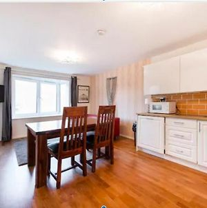 Great 2 Bedrooms Apartment 15 Mins From The Centre photos Exterior