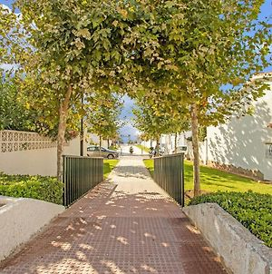 Gorgeous Villa In Mijas-Costa Andalusia With Terrace And Garden photos Room