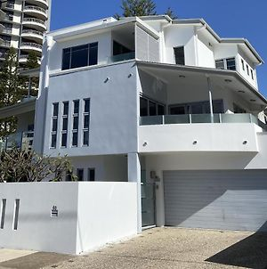 Villa Garfield Surfers Paradise photos Exterior
