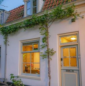 Charming House In Historic Haarlem photos Exterior