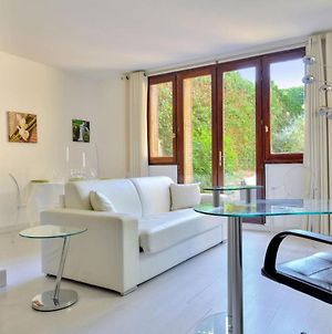 Design Flat With Private Garden Close To The Palace Of Versailles Welkeys photos Exterior