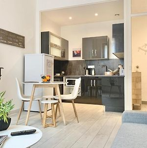 Spacious One Bedroom Appartement For 4Near Tram Ce #B3 photos Exterior