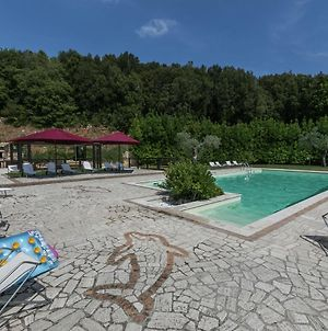 Luxury, Modern Apartment With Pool And Stunning Views, 1 Hour From Rome photos Exterior