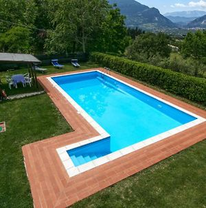 Mansion In San Valentino In Abruzzo Citeriore With Pool photos Exterior