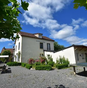 Lovely Holiday Home In St-Honore-Les-Bains With Garden photos Exterior