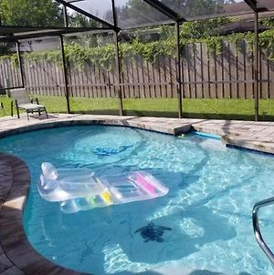 3 Bedrooms House With Private, Heated Pool 8 Miles To Siesta Key Beach, photos Exterior