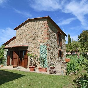 Welcoming Farmhouse With Swimming Pool In Tuscany photos Exterior