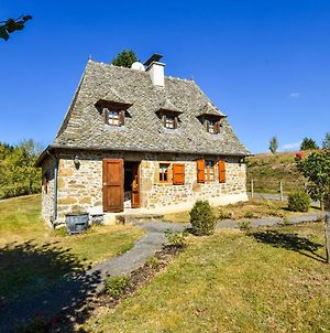 Holiday Home In Auvergne With Roofed Garden And Terrace photos Exterior