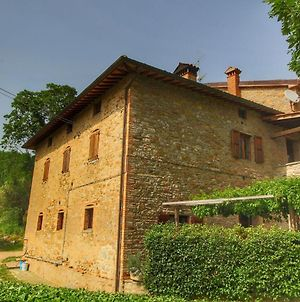 Farmhouse With Stables, Horses And The Ability To Make Horseback Riding photos Exterior