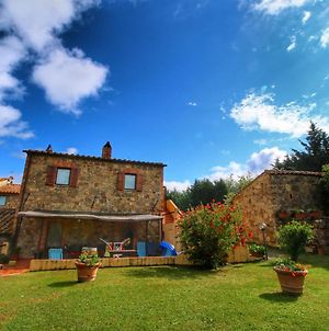 Amazing Tuscan Holiday Home With Swimming Pool photos Exterior