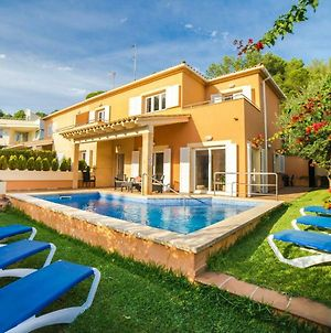 Spacious Villa With A Private Pool In Alcudia Majorca photos Exterior