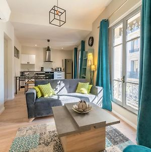 Elegant 2Br With 2 Bathrooms And Ac Close To Les Halles Davignon Welkeys photos Exterior