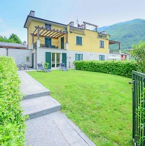 Apartment On Shore Of Lake Lugano With Garden And Then Beautiful Park With Lido photos Exterior