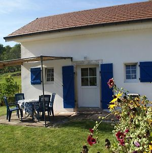 Nice Holiday Home In Haut-Du-Them-Chateau-Lambert With Terrace photos Exterior