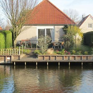 Detached Bungalow With Dishwasher, At The Water photos Exterior