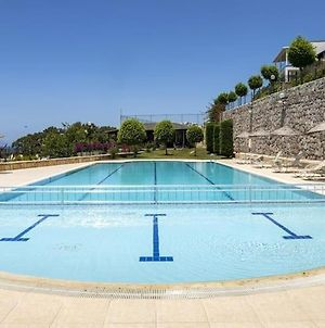 Sea View & Shared Pool - 2 Bedroom House In Bodrum photos Exterior