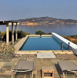 Platinum Paros Villa Villa Duette 6 Bedrooms Beachfront Makria Miti photos Exterior