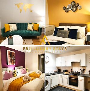 Fru Luxury Stays Serviced Accommodation -City Star- Manchester 2 Bedroom Free Gated Parking & Wifi photos Exterior