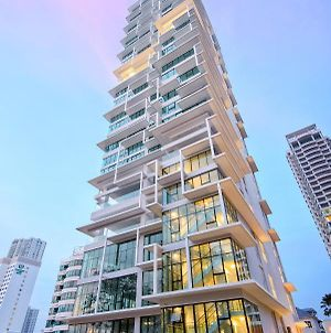 Sunrise Gurney Seafront Apartment By Rmh photos Exterior