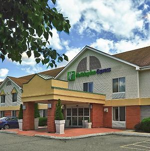 Holiday Inn Express Keene photos Exterior