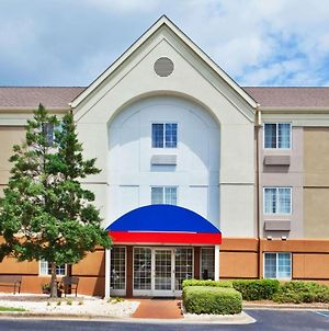 Candlewood Suites Cleveland-N. Olmsted photos Exterior