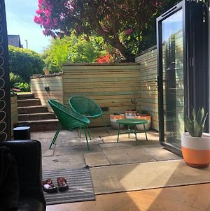 Chorlton Garden Rooms. Relax, Work, Stay And Play. photos Exterior