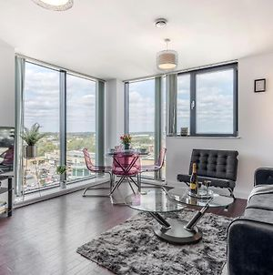 Basildon - Dwellers Delight Luxury Stay Serviced Accommodation , 2 Bedroom Penthouse photos Exterior
