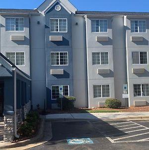 Microtel Inn By Wyndham Charlotte Airport photos Exterior