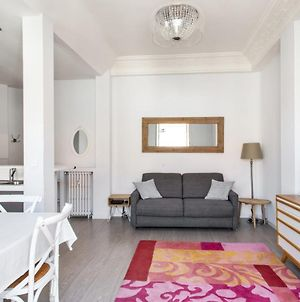 Bright 1-Bedroom With Balcony In The Musicians Quarter In Nice Welkeys photos Exterior