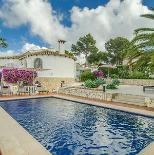 Gorgeous Villa With Private Pool And Near Golf Course And Beach photos Exterior