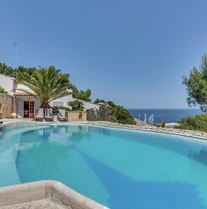 Luxurious Villa With Private Pool In Arta Majorca photos Exterior