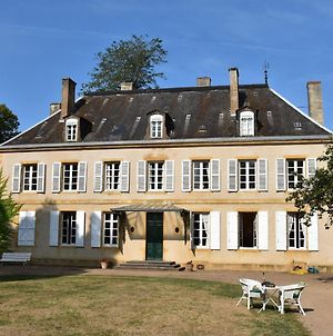 Stunning Mansion In Burgundy With Private Swimming Pool photos Exterior