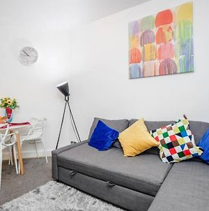 Captivating One Bedroom Apartment In The Heart Of Kings Cross photos Exterior