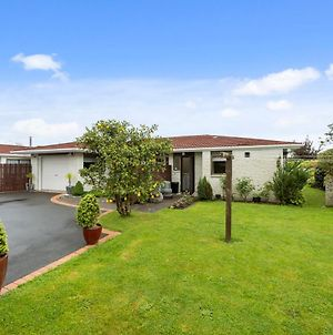 Awanui Cottage - Waikanae Holiday Home photos Exterior
